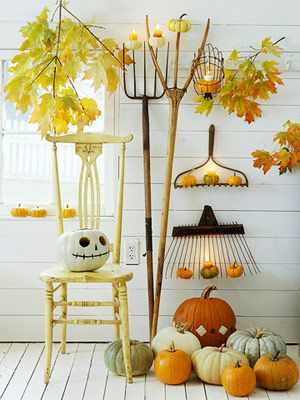 DIY- Pumpkins party decoration. More ideas for pumpkin decorating: http://www.midwestliving.com/homes/seasonal-decorating/pumpkin-decorating-projects/