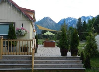 Cute, Cozy, Hot Tub, Awsome Views, 1.5 mi.... - VRBO