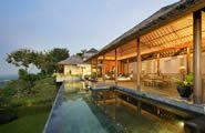 The Longhouse (luxury)  http://www.thelonghousebali.com