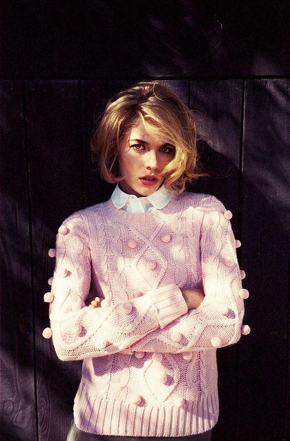cozy pom pom pink sweater / chunky knit @Charlotte Willner Willner Willner Carnevale Duntze Maker: Pink Sweater, Chunk Knit, Pompom, Bob Hairs, Sweater Fashion, Pink Pom