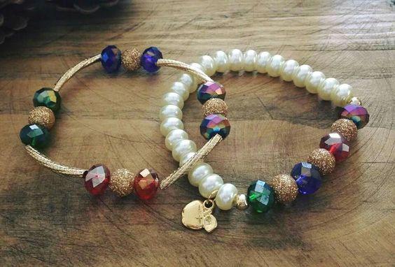 Pulseras en perla cristal, y rondel de cristal y chapa de oro. Por Moni G.