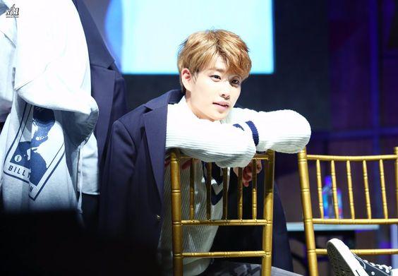 [13.11.16] Yongsan Fansign Event - MyungJun