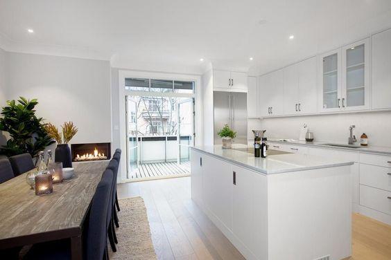 Nyopppusset i 2015 - Garasje - Vestvendt balkong med utsyn og - offene küche wohnzimmer abtrennen