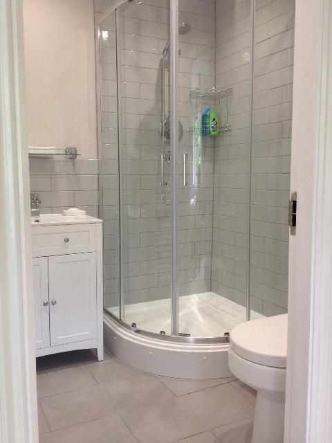 Quadrant shower enclosures shower enclosure and white bathrooms on pinterest for Bathroom shower enclosures ideas