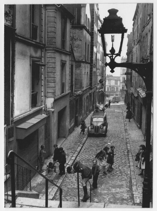 Ménilmontant Paris 1953 Robert Doisneau