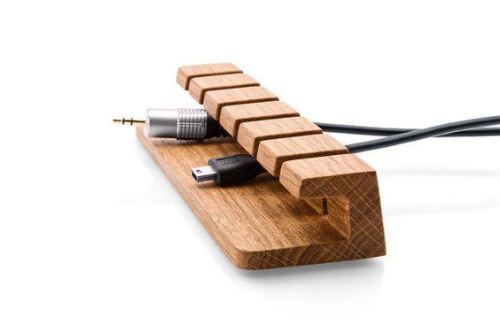 Câble en bois et chargeur organisateur-gestion des câbles pour les cordons d