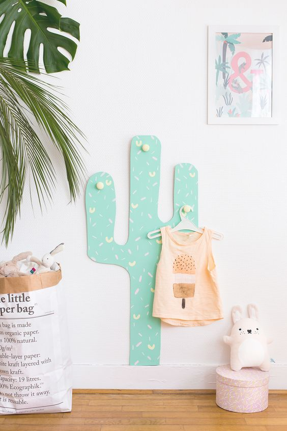 DIY // porte-manteaux cactus