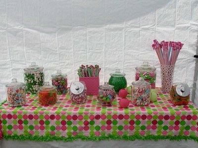 Candy Bar is a must for take home favors