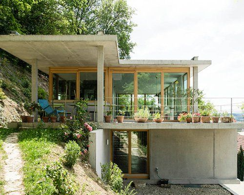 Gian Salis Builds A House On A Slope In Southern Germany Sloping