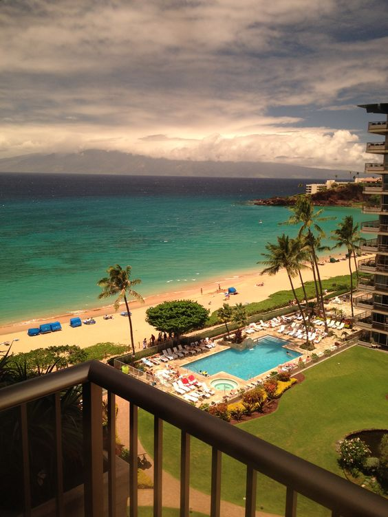 Kaanapali Beach view from The Whaler