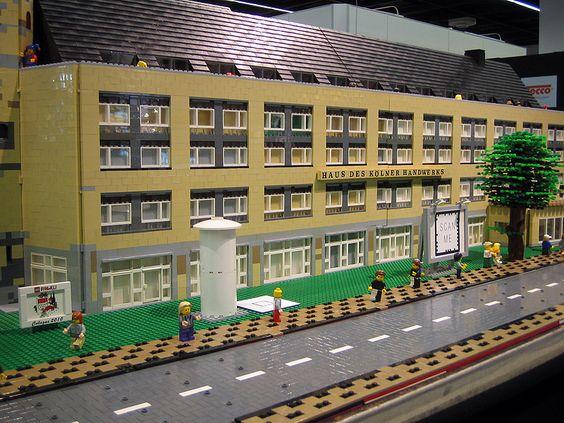 Haus des Kölner Handwerkes aus #Lego auf der #Photokina 2012