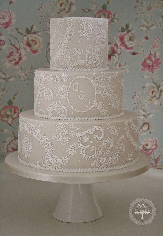 Paisley lace wedding cake