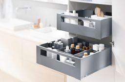 Bathroom Cabinet Interior by Blum: Innenauszüge in Inox