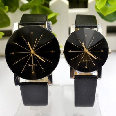 ⌚️⌚️ Diamond-Shaped Mirror Couple Quartz Watch with Diamond Dots. This pair has a lot of style and personality, real reviews online  shows the condition of them, high rating and very low price. Add these to your collections!