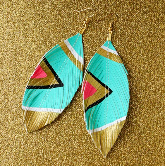 feather or earings