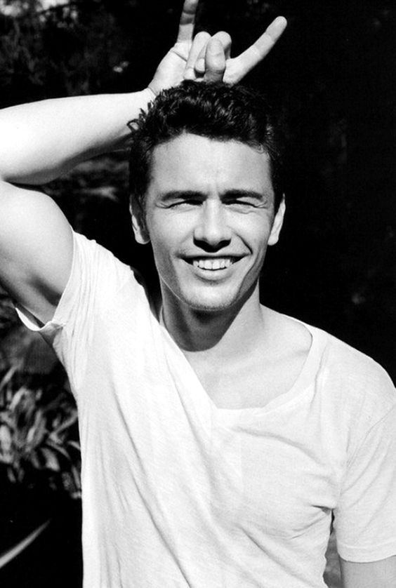 I love this guyJames Franco. I KEEP PINNING HIM. but hes so attractive. and talented. and smart. and attractive.