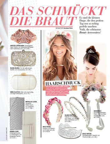 Inge Christopher Ivory ERIN Snakeskin Minaudiere Clutch in Woman Austria Magazine