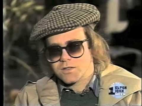 Elton John - Interview on the Tomorrow Show with Tom Snyder on November 10th, 1976 - YouTube