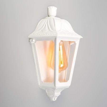 Schöne klassische #Leuchte für Ihr #Zuhause. Hochwertige Qualität aus schlagfestem Kunststoff in Weiss.   #lampenundleuchten.at