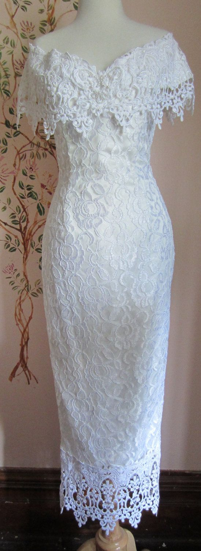 Classic 80s Jessica McClintock Gown...Looks like my Junior prom dress!