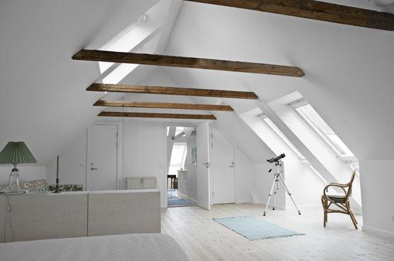 Bauernhaus mit Cabrio: Moderne und helle Räume