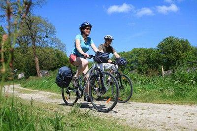 Voie verte de Carhaix à Saint-Méen-le-Grand — Bretagne à vélo
