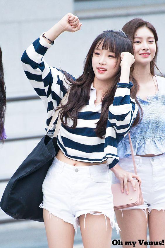 Kpop Music Videos K Popcuration Com Izone Kpop Music Videos Kpop Fashion Kpop Weightl Entertainment Fandom