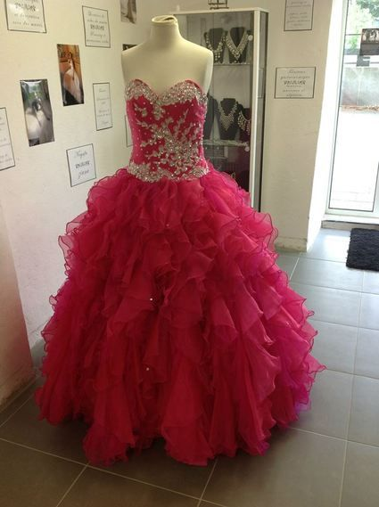Robe de soirée type princesse couleur fushia doccasion  Robes de ...