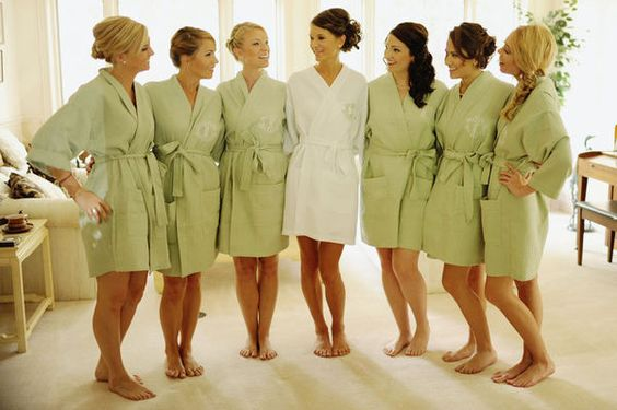 BRIDESMAIDS GIFTS: MONOGRAMED ROBES..Such a great idea because it's the perfect way to have stylish getting ready photos instead of everyone in street clothes.: Bridesmaids Groomsmen, Ready Photo, Idea Bridesmaids, Bridesmaid Gifts, Wedding Bridesmaid, Bridesmaid Robes