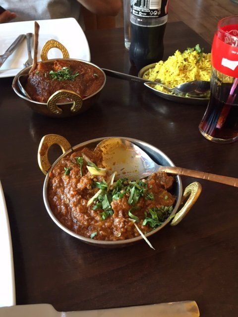 Kochamy To Co Robimy A Kuchnia Indyjska Codziennie Nas Inspiruje To Niesamowite Ze Mozna Skomponowac Tyle Dan Z Roznym Food Restaurant Photos Restaurant
