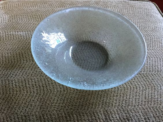 Bowl with violet bora bora