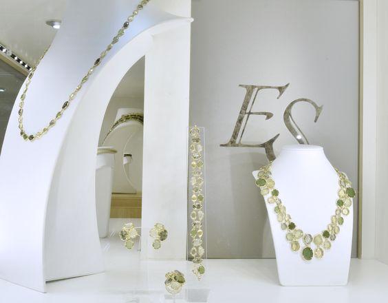 Shop windows of this week:  Set, serpentine, lemon quartz, prehnite, rutile quartz, diamonds, yellow gold #finejewelry