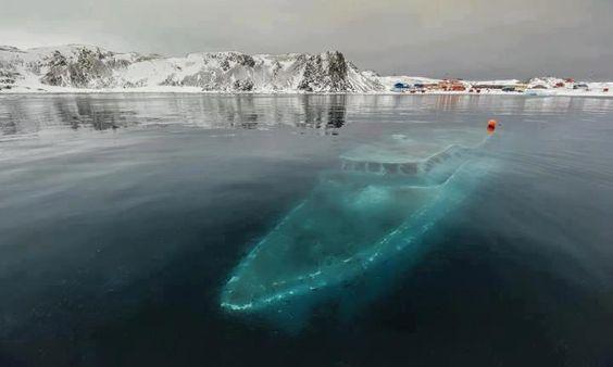 frosty-antrarctic-shipwreck.jpg