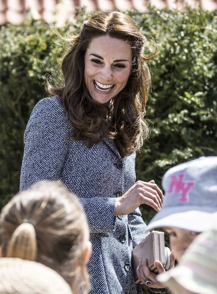 Kate Middleton Photos - The Duchess Of Cambridge Attends Lunch In Support Of The Anna Freud Centre - Zimbio: