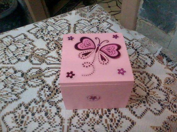 Cajas de madera decoradas country pinterest b squeda - Caja decorada con fotos ...