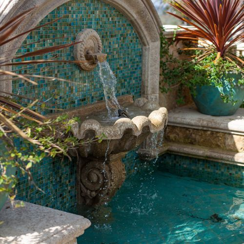 Check Out These Solar Water Fountain In Garden Ideas And Bring A Refreshing Look To Outdoor Wall Fountains Water Features In The Garden Indoor Water Fountains