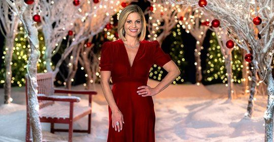 Candace Cameron Bure Lands 8th Hallmark Christmas Movie Details Candace Cameron Bure Hallmark Christmas Movies Candace Cameron