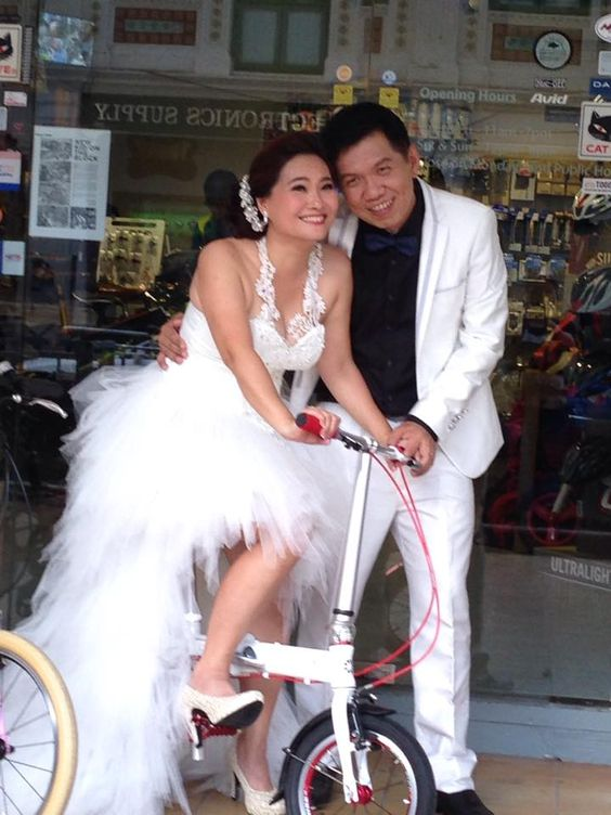 I and Sandra Leong wedding gown pic