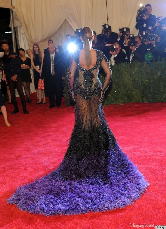 Beyonce Met Gala 2012-bling or ding?
