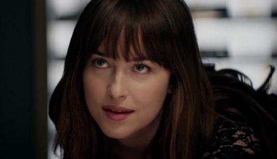 Mistério e romance no segundo trailer de Cinquenta Tons Mais Escuros