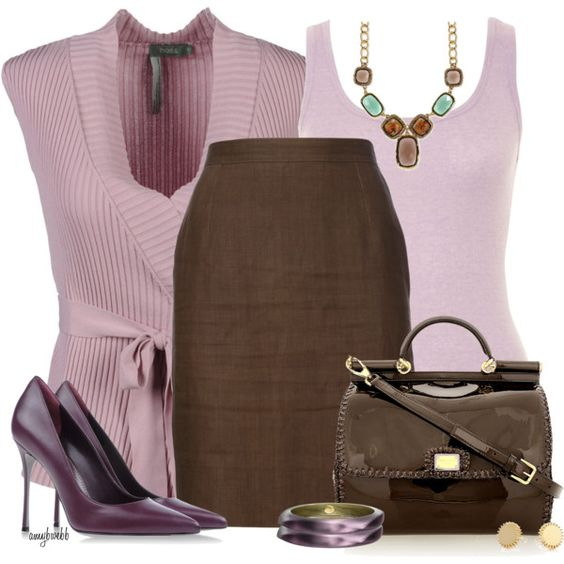Colors That Look Good With Pink: Skirt Outfit (Brown)