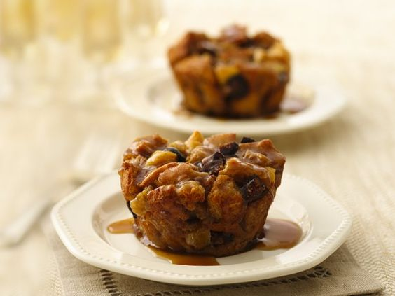 Apple-Fig Bread Pudding Cupcakes with Maple Sauce | Recipe | Pudding ...