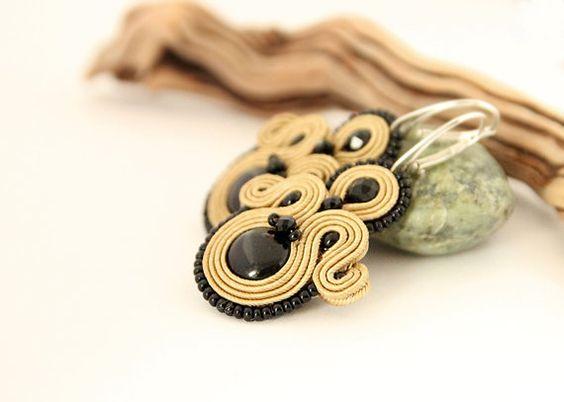 Elegant black and light brown soutache earrings by pUkke on Etsy
