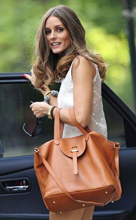 Olivia Palermo. Big bag.
