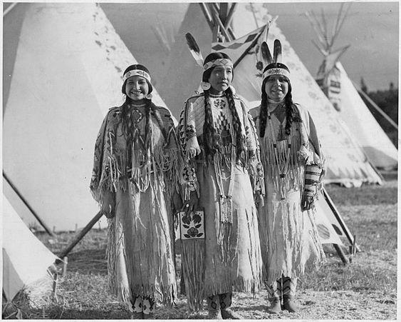 Nativo americano - Yakama Mulheres: