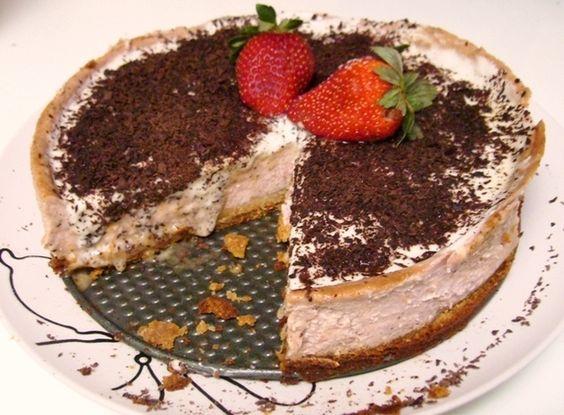 Strawberry Cheese Cake with Vanilla glaze and Dark Chocolate ...