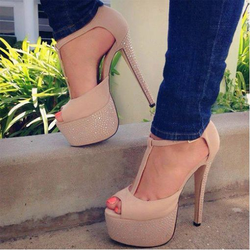 Fashion beige high heel #sandals | pretty gold things | Pinterest ...