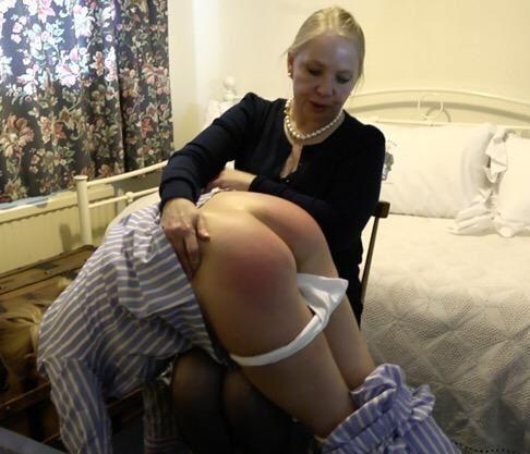 Aunt sissymaid spank