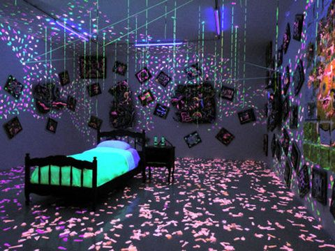 Black Light Bedroom Ideas Pretty Ultimate Teen Blacklight Room Junk
