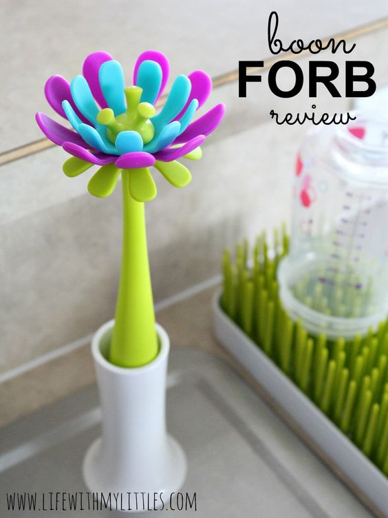 Boon FORB Review: a new kind of bottle brush made of silicone that won't rust and looks pretty by your sink!